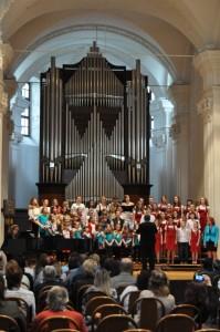 Jarní koncert DPS Rosička v Uničově 12.5. 2016